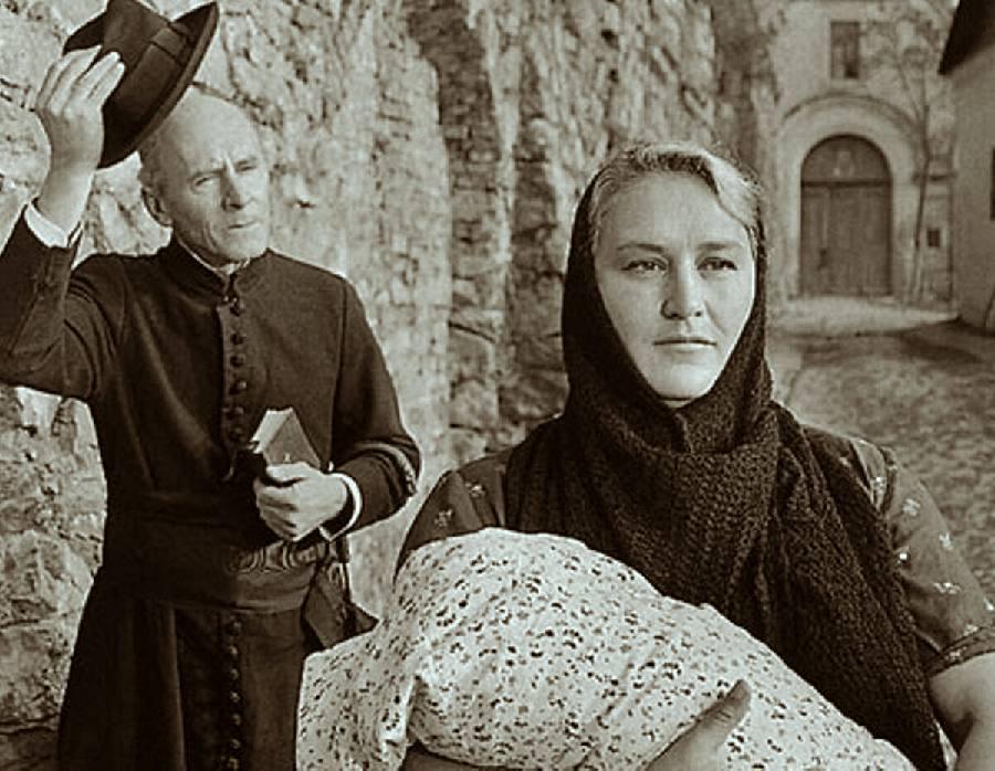 Нонна Мордюкова в главной роли фильма.