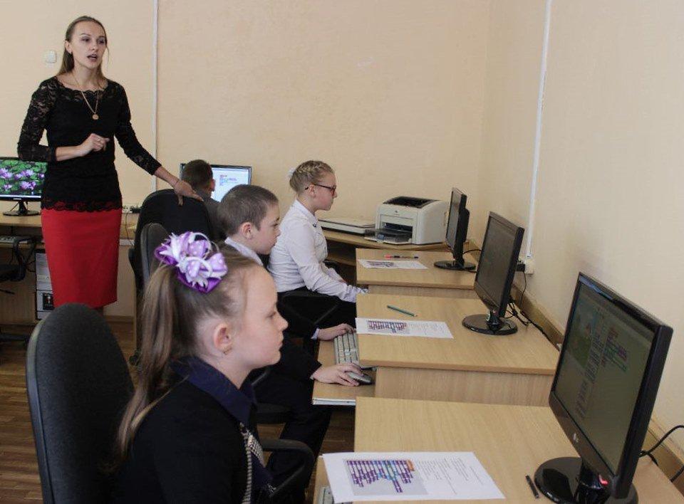 Компьютеры в дар юным программистам