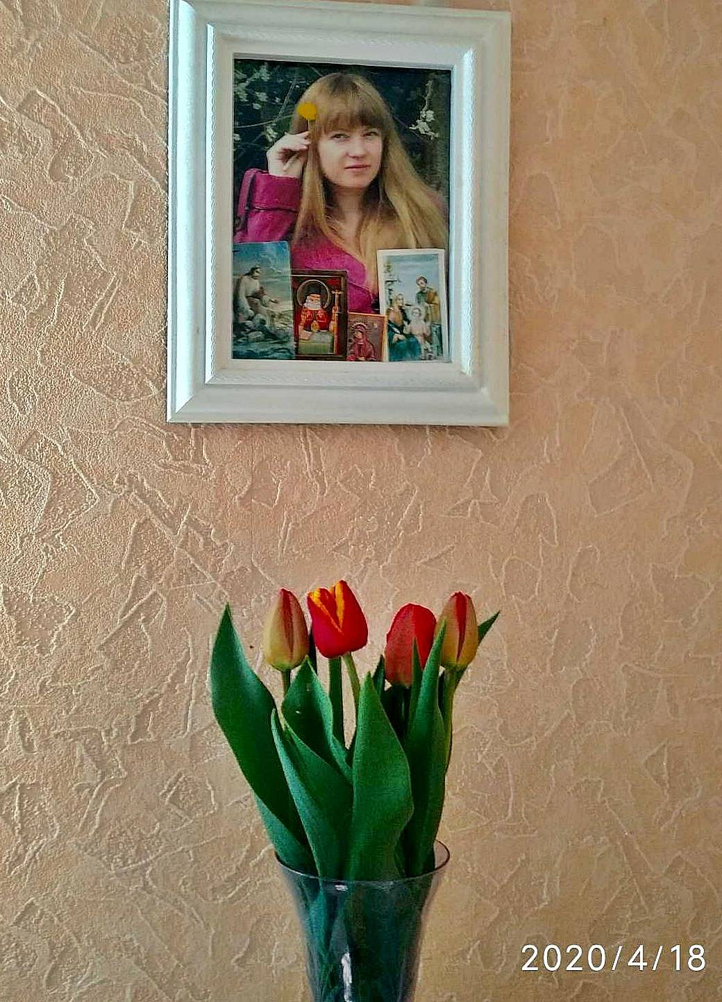 Опять цветут тюльпаны