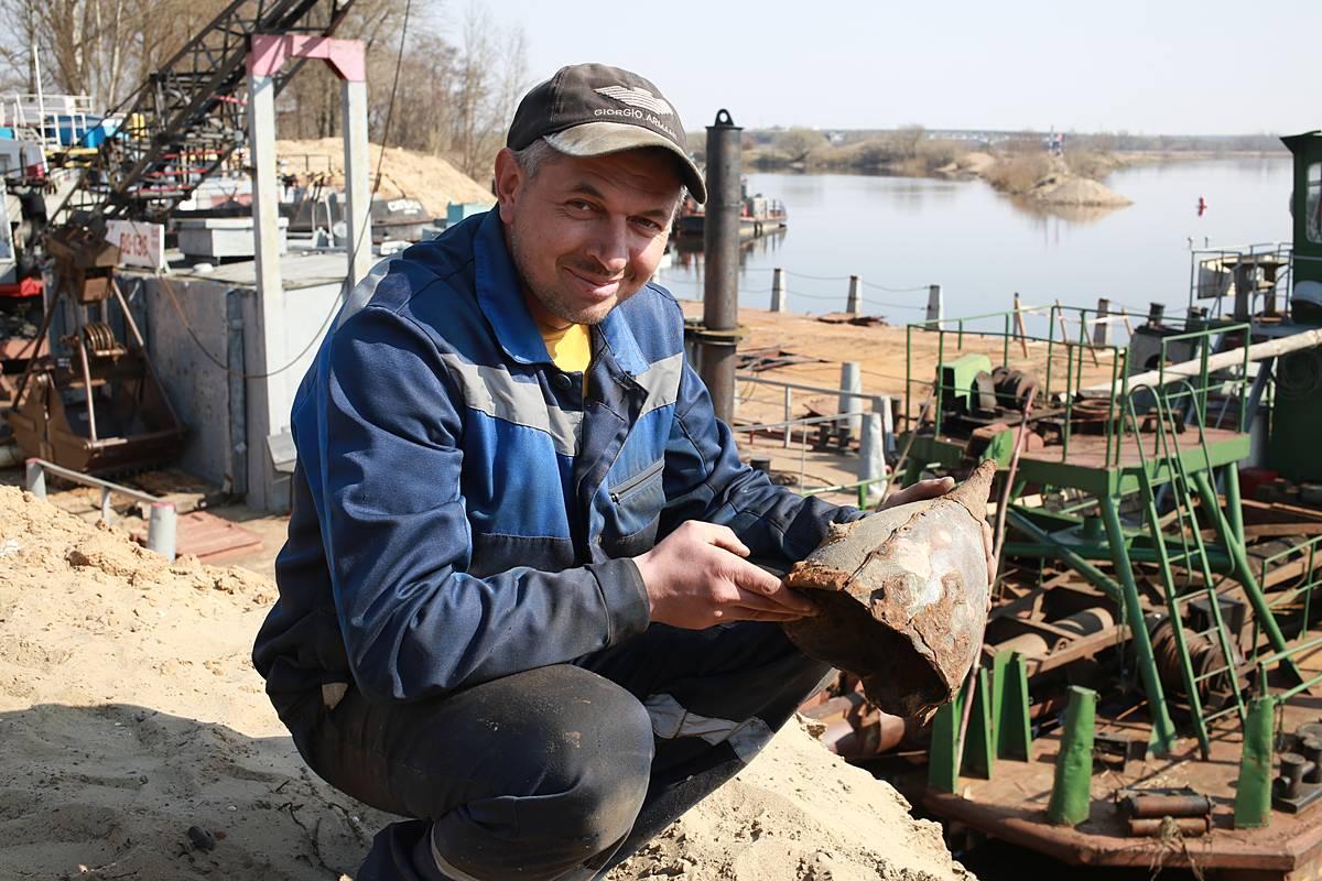 На берегу Березины обнаружили старинный шлем